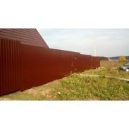 Забор  из профнастила окрашенного высота 2,0 м